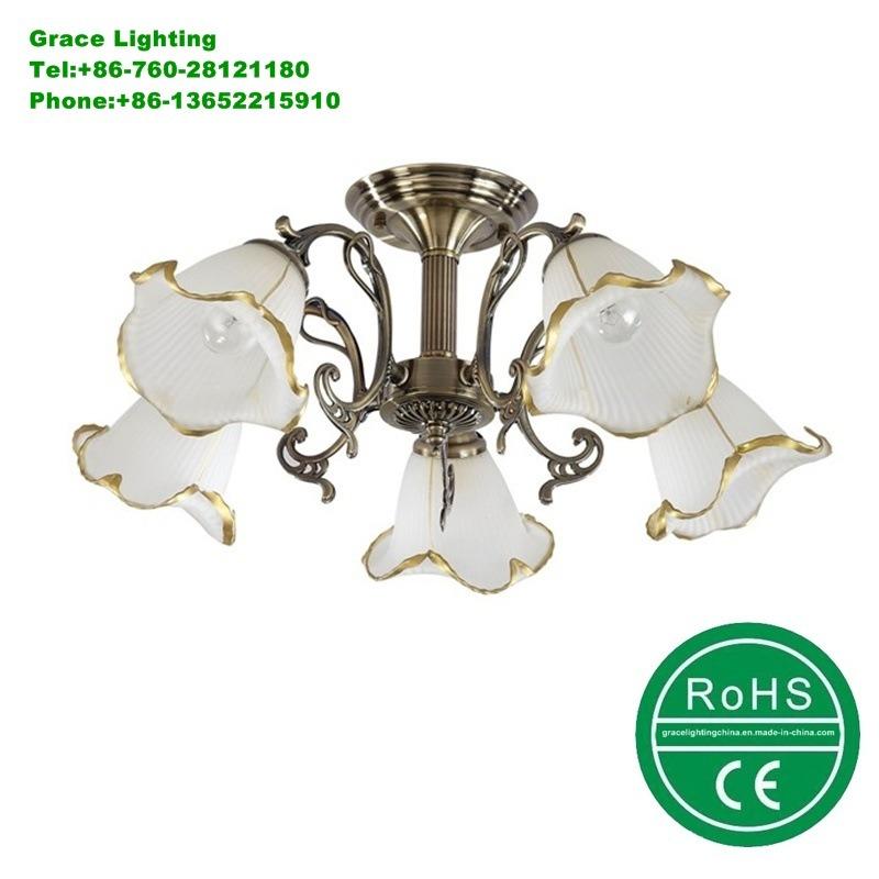Aluminium Ceiling Lamp Decoration Glass Chandelier (GX-6041-5)
