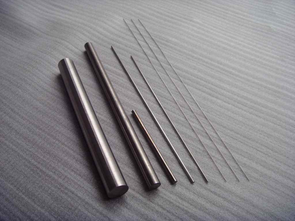 99.95% High Purity Tungsten Rods/Clarence Tungsten Bars