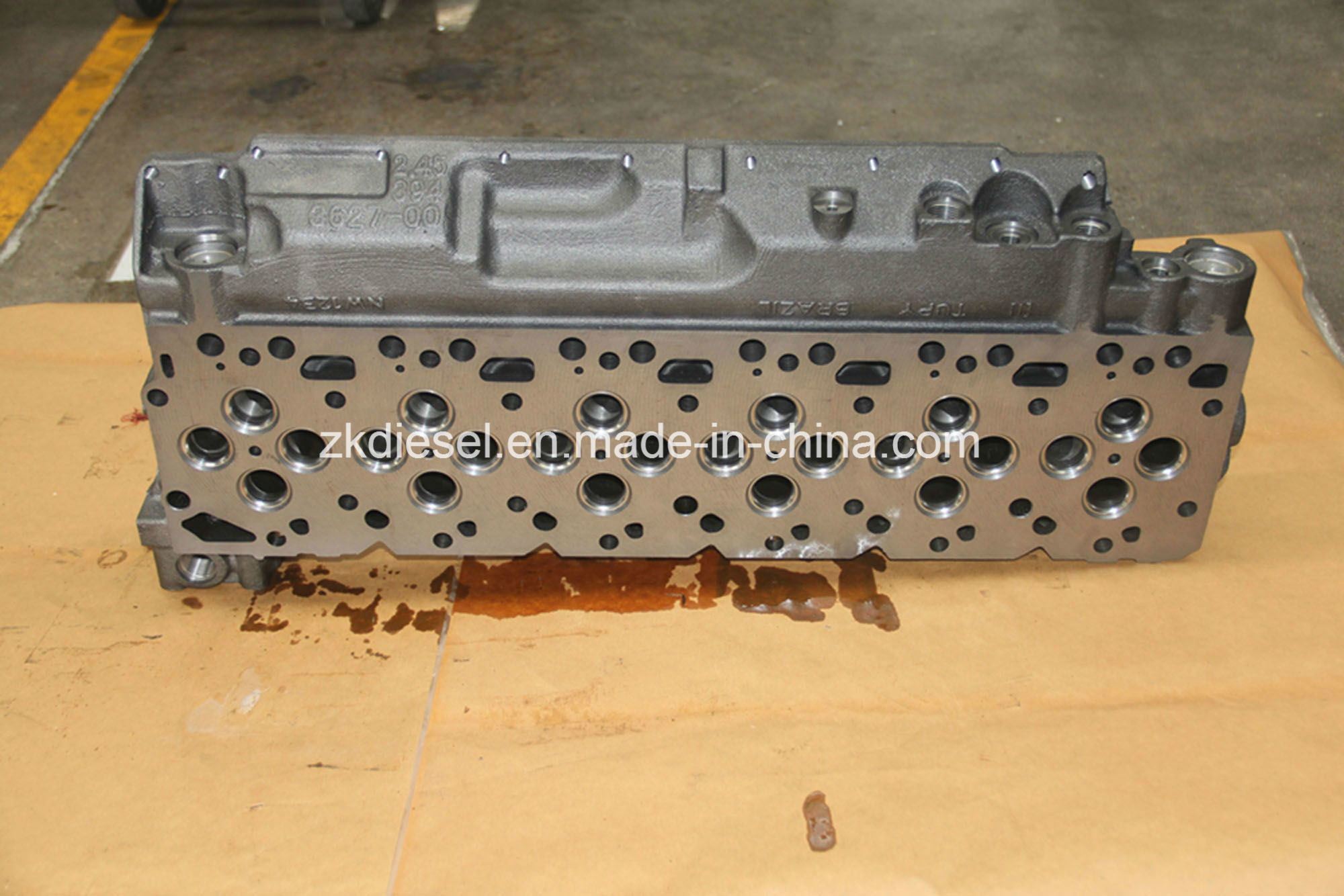 Cummins Spare Parts 3943627/3117225/2831279/2831274/3957384/3957385/5282712/3944992 Isb5.9 Engine Bare Cylinder Head