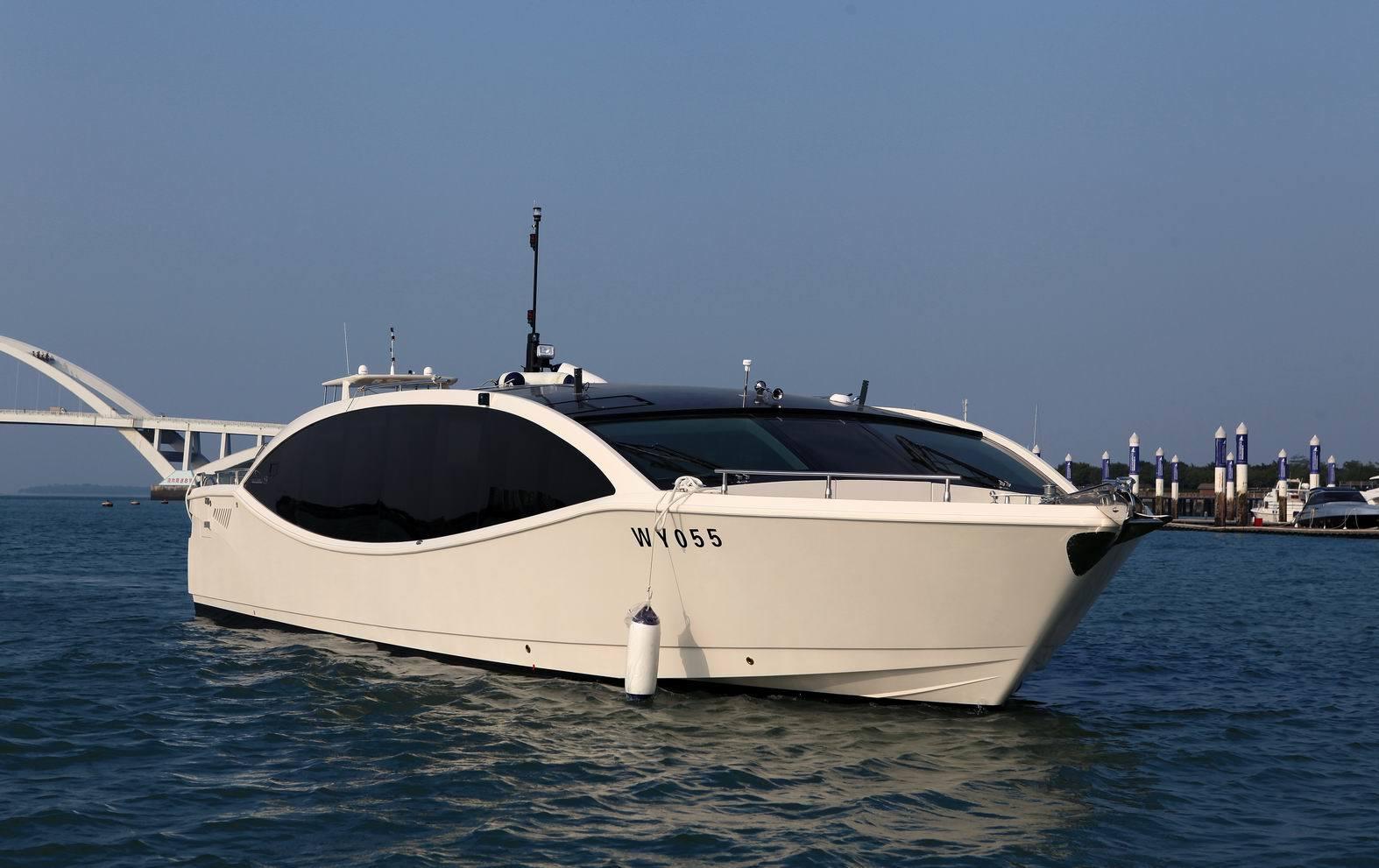 53ft Crystal Cruiser Yacht