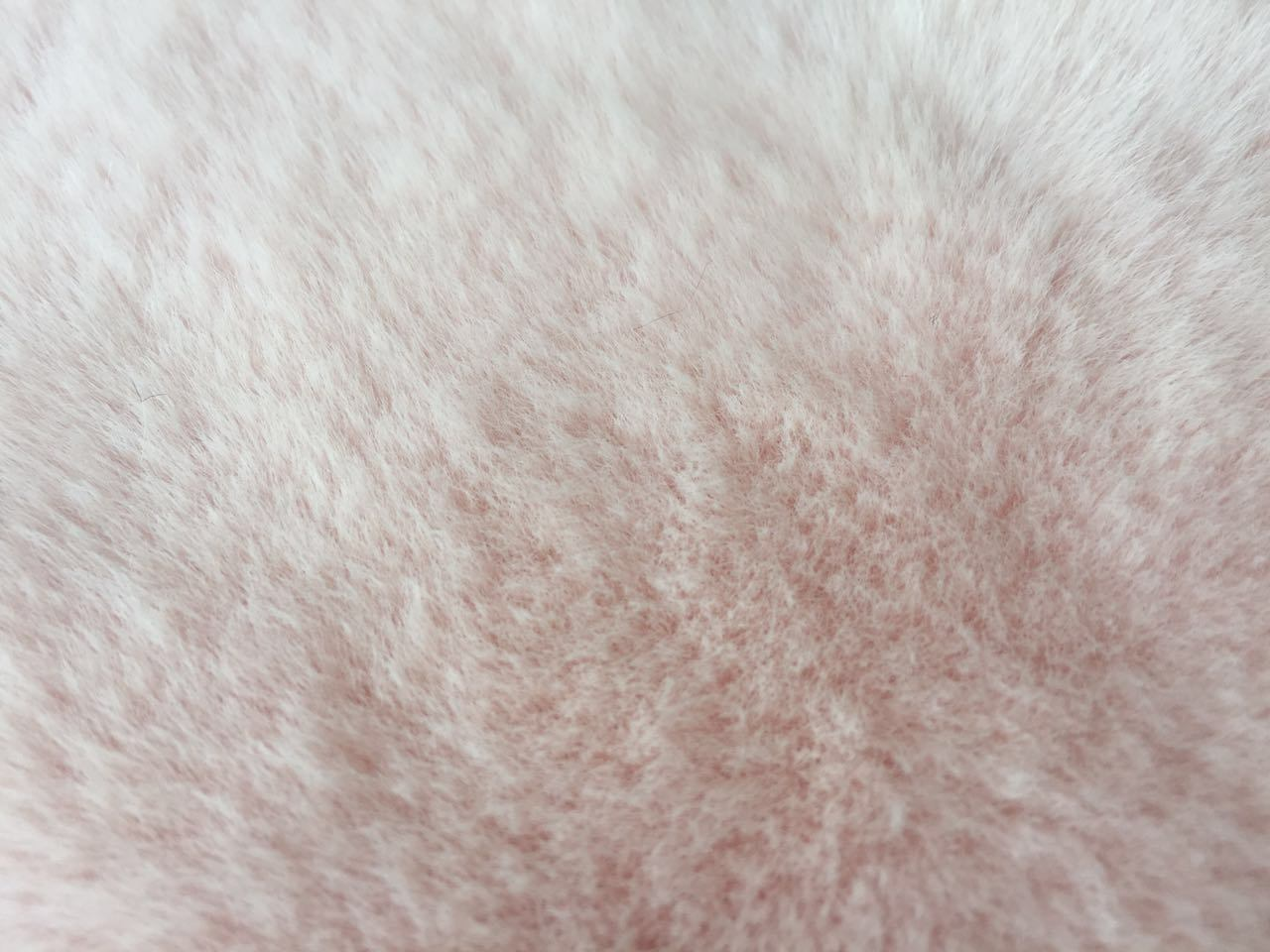Sherpa with Solf Touching Fake Fur