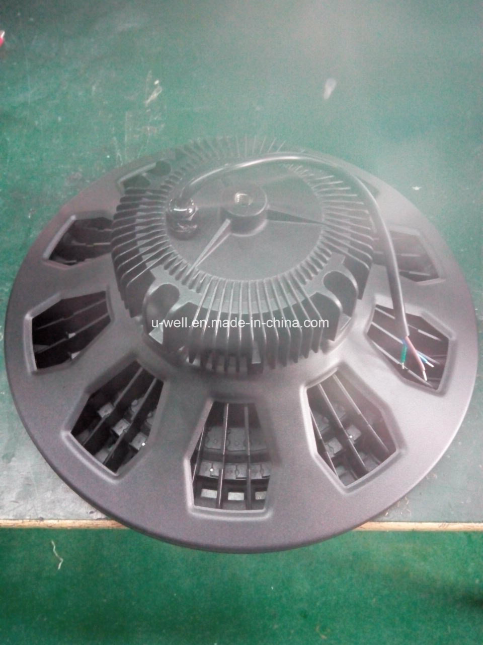 High Power 100W UFO Industria 160W UFO Design Highbay for Shopping Mall, Exhibition Hall, Parking Lot