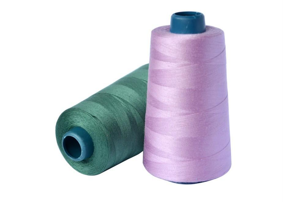 100% Spun Polyester Yarn for Sewing Clothes and Bags