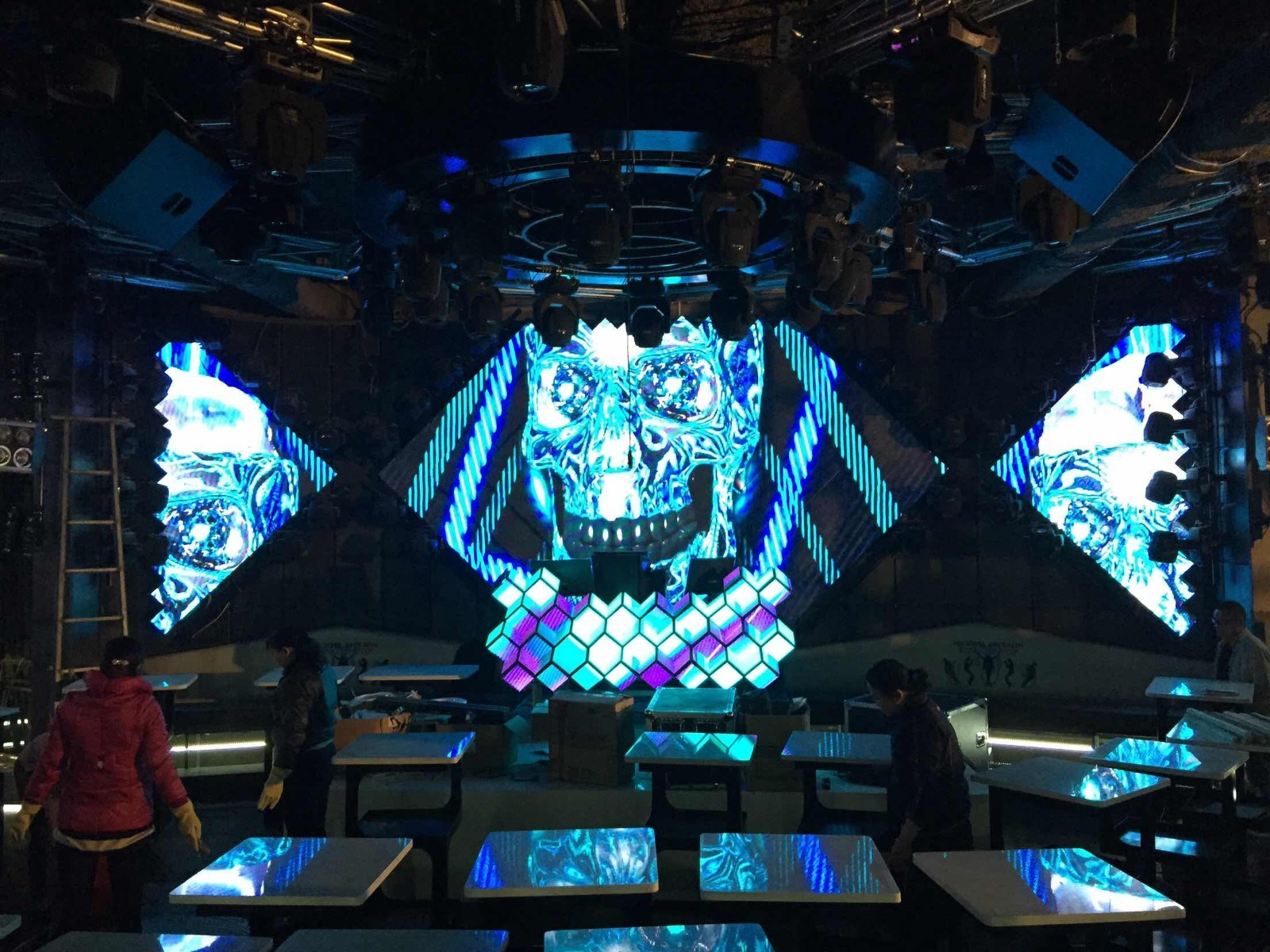 P10 Indoor Full Color LED Video Wall