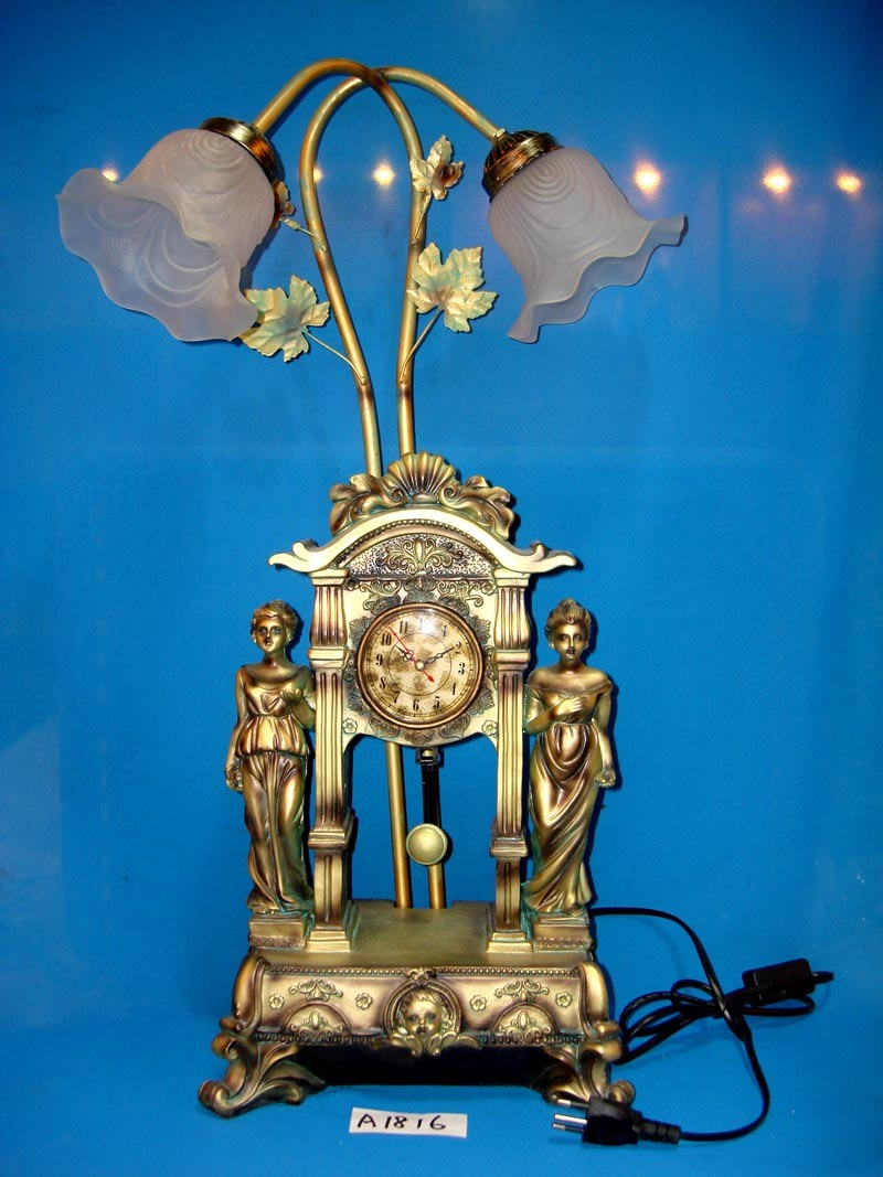 Antique Lamp&Clock with Resin Figures for Home/Hotel Decoration