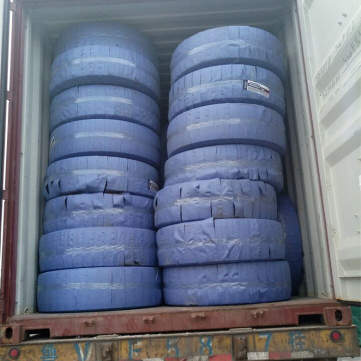 Long March Brand High Quality Truck Tyre, New TBR Tyre, Stock Tyre, 295/80r22.5 Tubeless Truck Tire