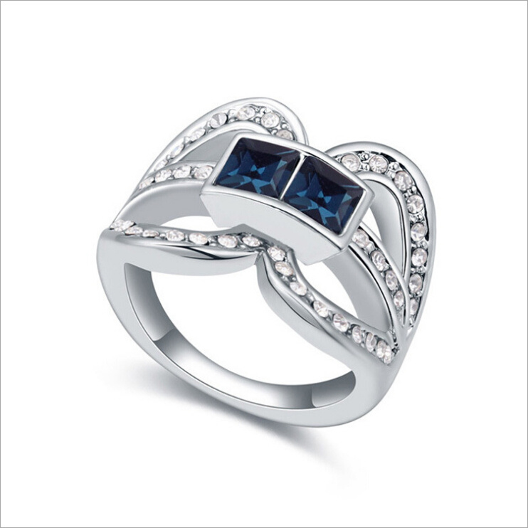 VAGULA Square Zircon Silver Ring for Women
