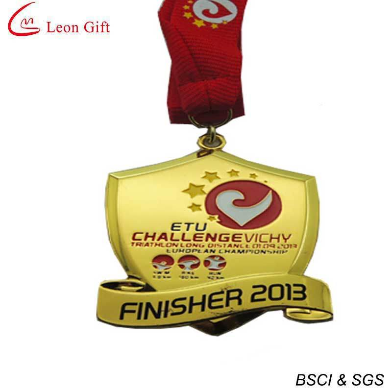 3D Design Gold Medal with Ribbons (LM1715)