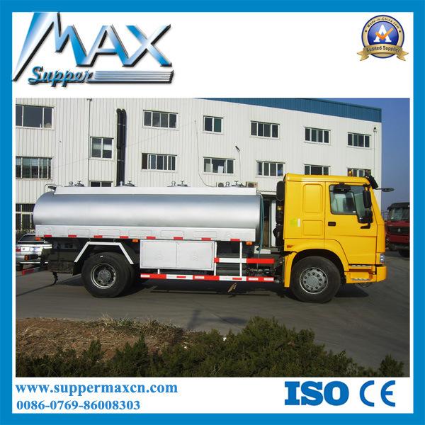 Sinotruk HOWO 4X2 Oil / Fuel Tanker Truck