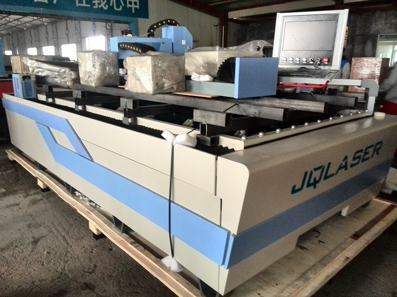 Hot Sale 500W Metal Sheet Metal Pipe Laser Cutting Machine