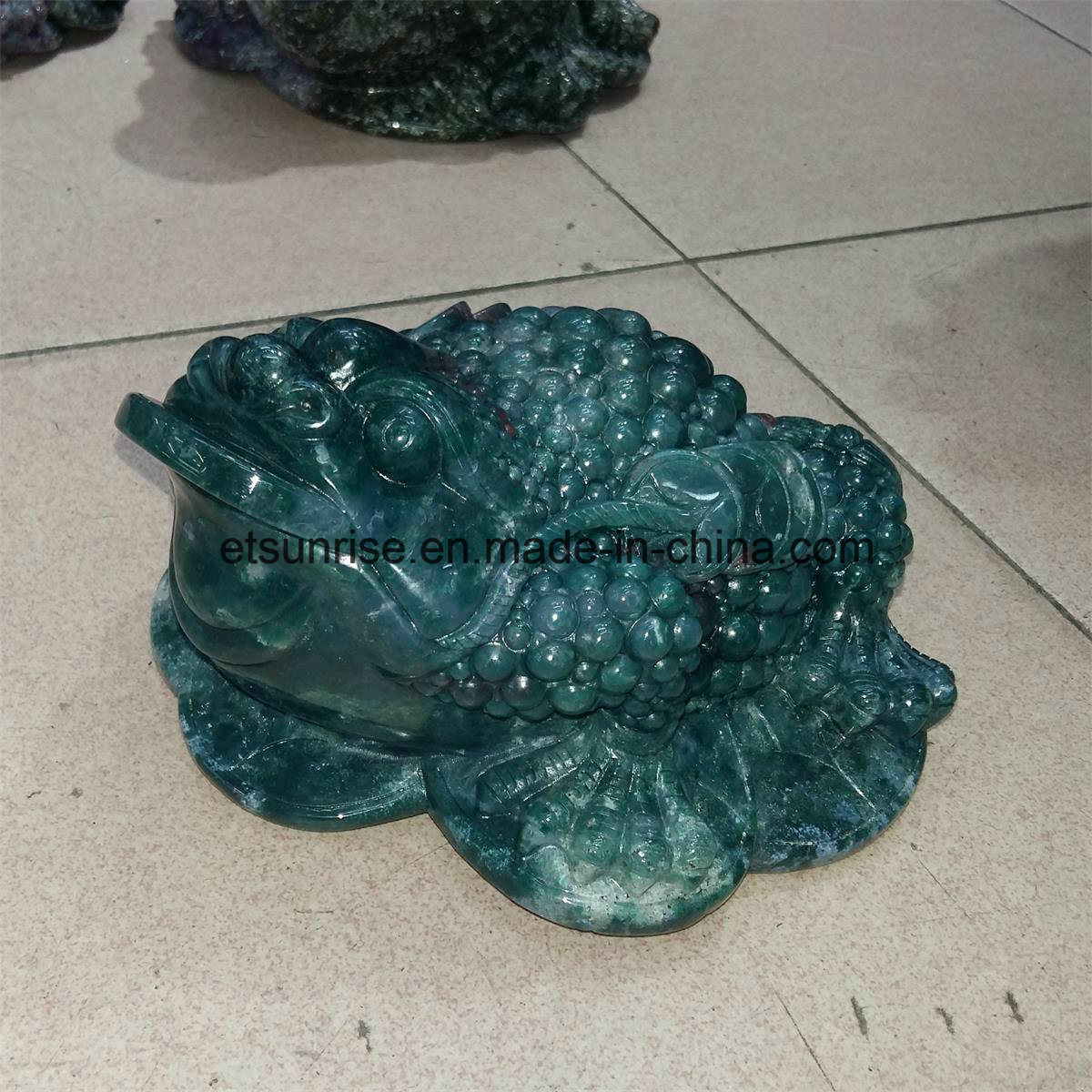 Semi Precious Stone Crystal Quartz Blood Stone Toad Carving Statue