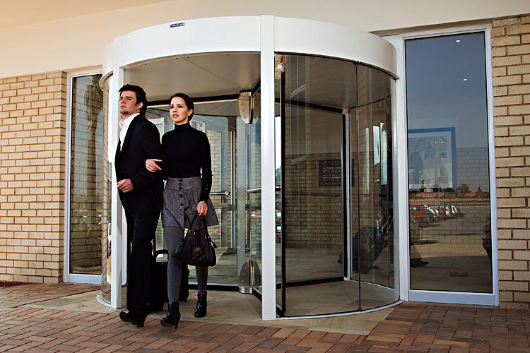 Automatic Revolving Door, Three Wing, Lenze Motor, Siemens Invertor, Aluminum Frame Powder Coating, Laminated Glass
