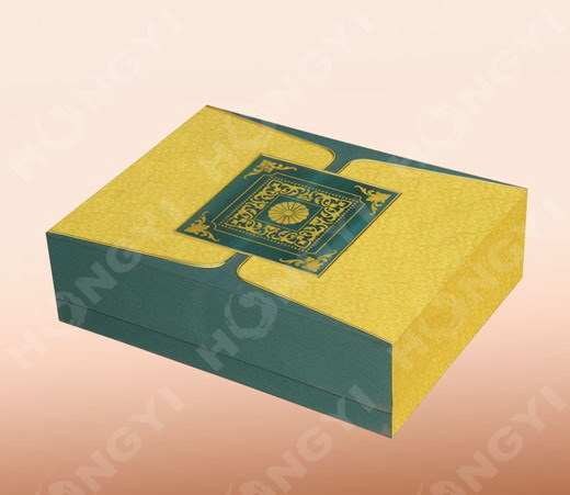 Yellow/Green Cardboard Art Paper Gift Box for Perfume Packaging (HYJ021)