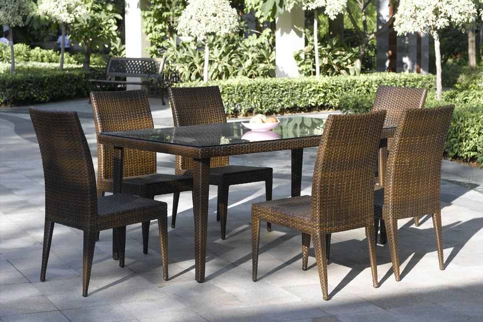 China Outdoor Furniture Delta Dining Set China Garden