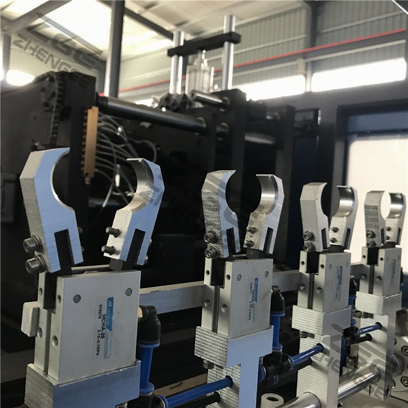 4 Cavity 4000bph Full Automatic Pet Bottle Blow Molding Machine