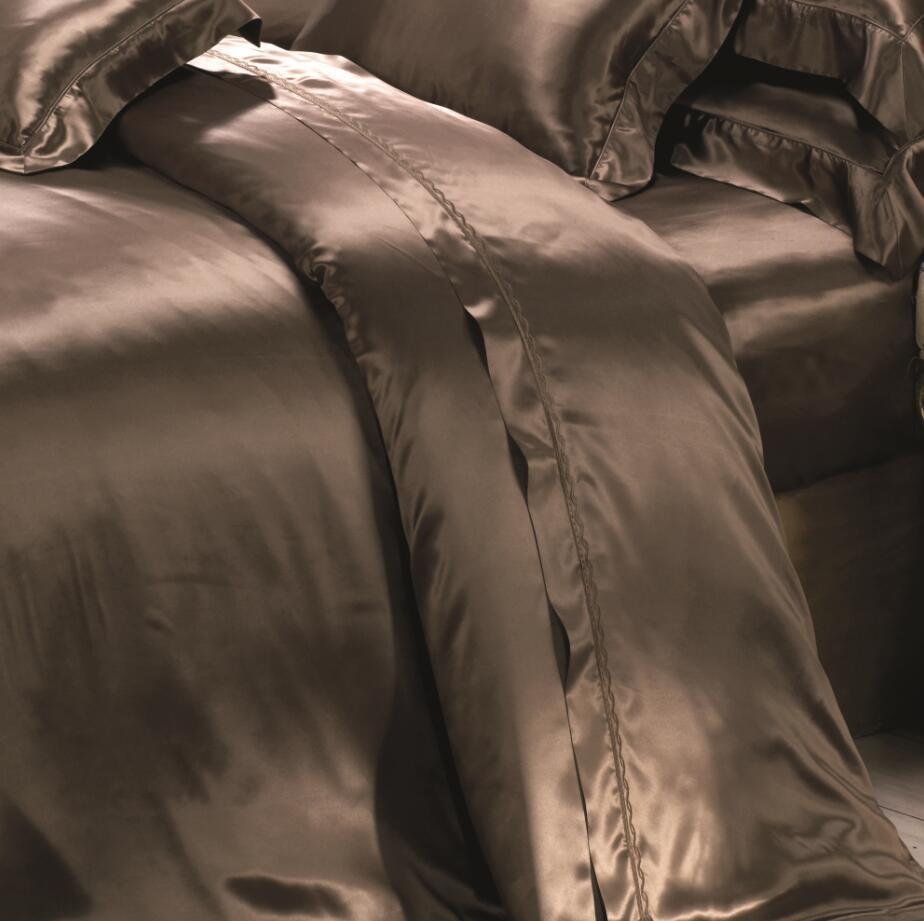 European Style Oeko-Tex Quality Seamless Silk Bedding Set Bed Linen Sheet
