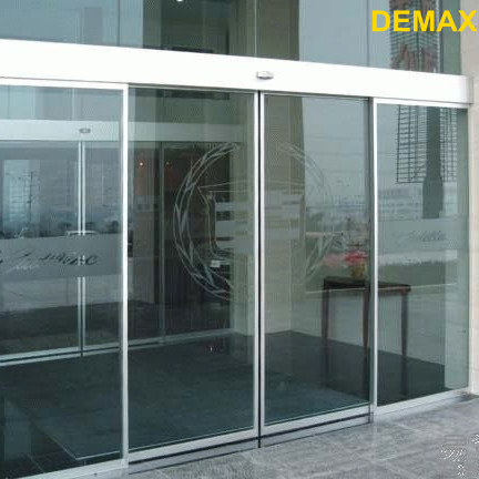 Automatic Door with Dunkermotoren Motor