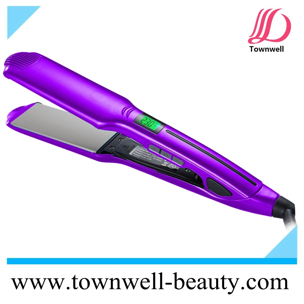 2017 New Waterproof Straightener with Floating Nano Silver and Tourmaline Ceramic Coating Plates