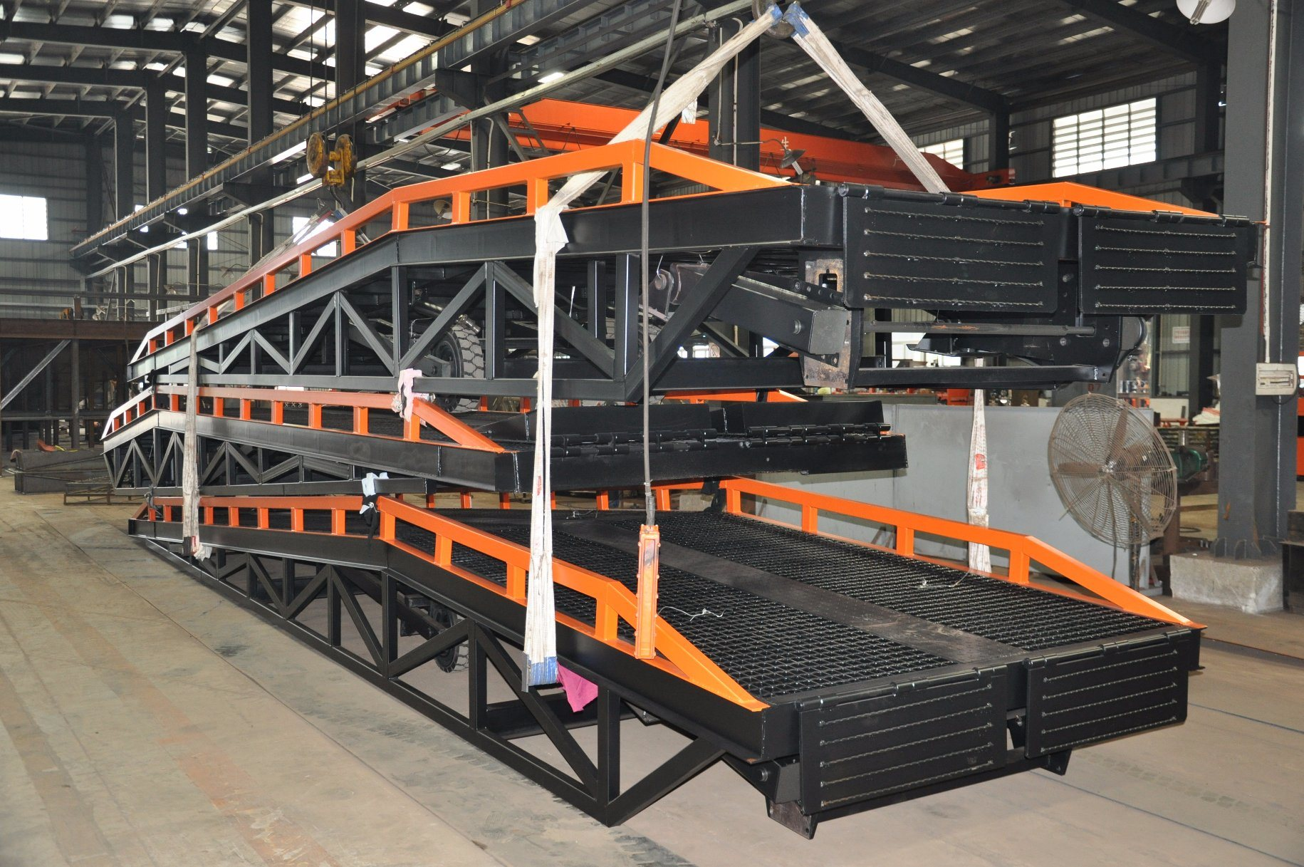 Mobile Loading Ramp with Load Capacity 12 Tons