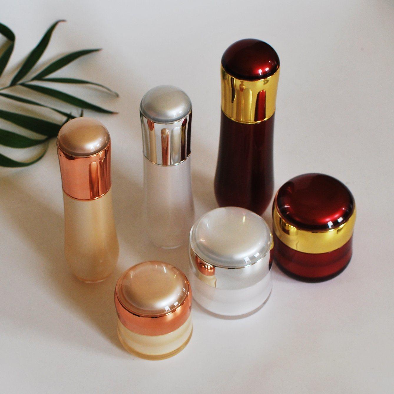 Luxury Set Acrylic Cream Jar Lotion Bottle for Cosmetics (PPC-NEW-111)