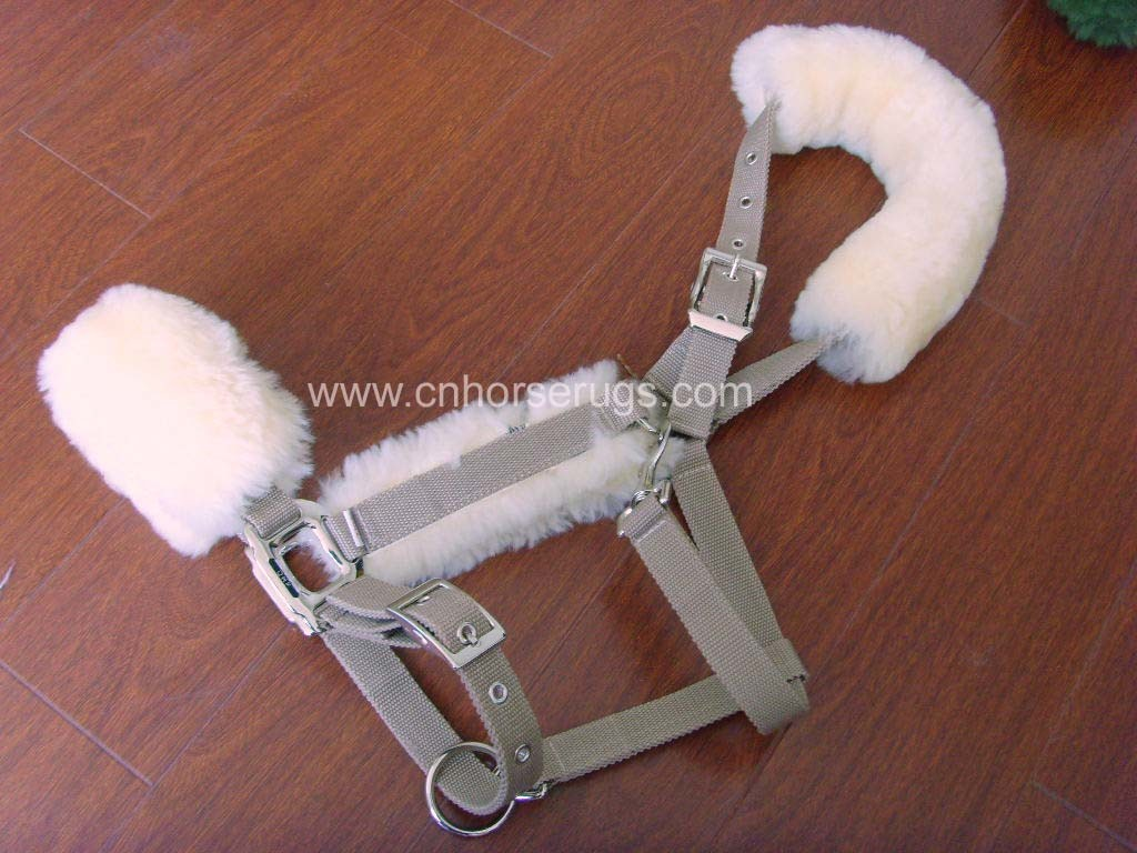 Sheepskin Horse Halter (MUMA-34336)