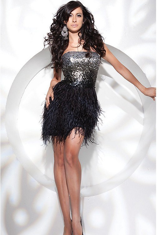 AliExpress carries many feather cocktail dress related products, including dress feather, feather trim dress, peacock patches for dresses, cocktail dress, ostrich feather dress, peacock wing, long feather dress, white feather dress, cocktail short dress.