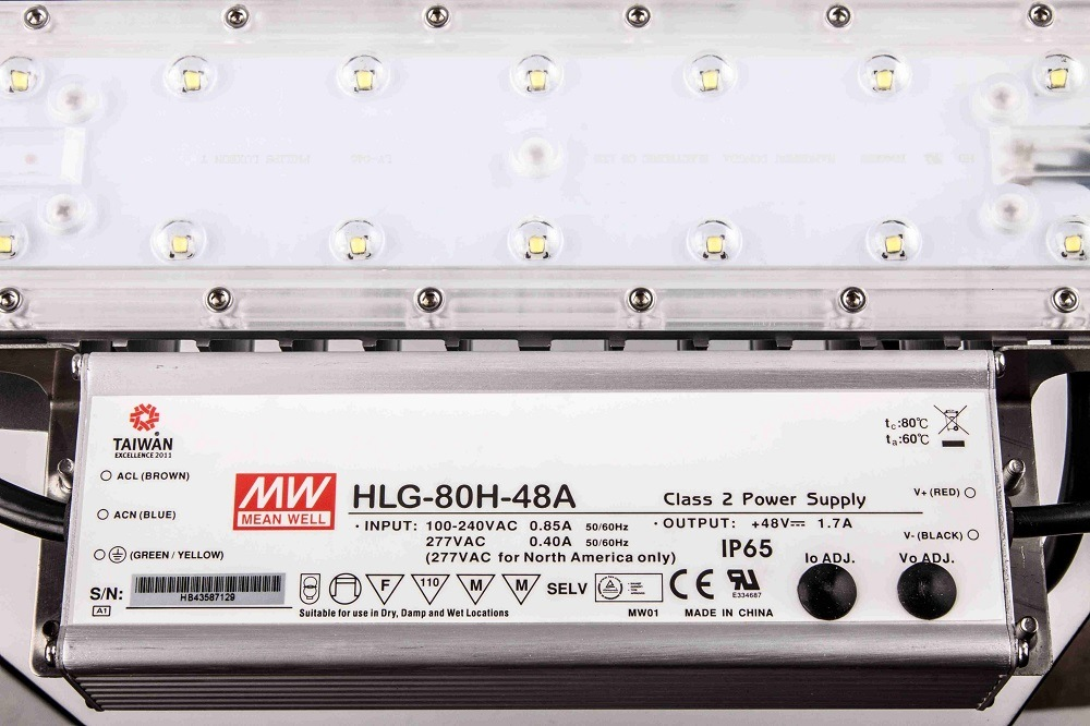 UL Dlc LED High Bay Light 240W with Philips LEDs Meanwell Driver