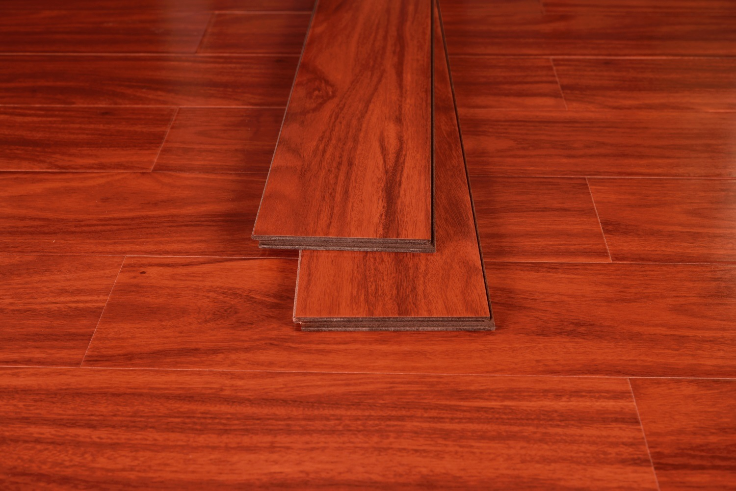 Wine Color Embossed Laminate Flooring