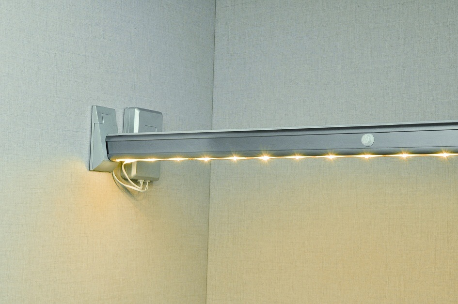 Wardrobe Aluminum LED Control Sensor Light Lamp