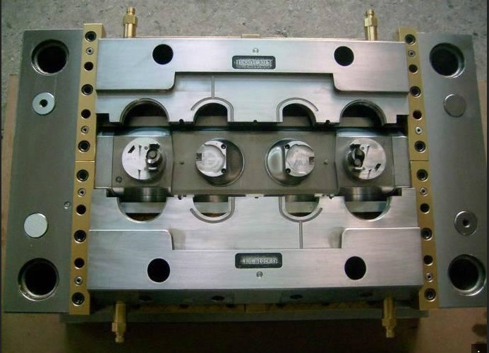 High-Precision Molds for Plastic Injection