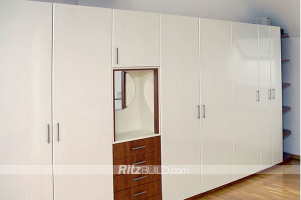 China Customized Made Good Price Wooden Closet Organizers