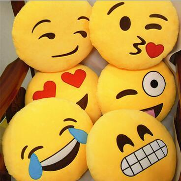 2016 Popular Lovely Emoji Pillow