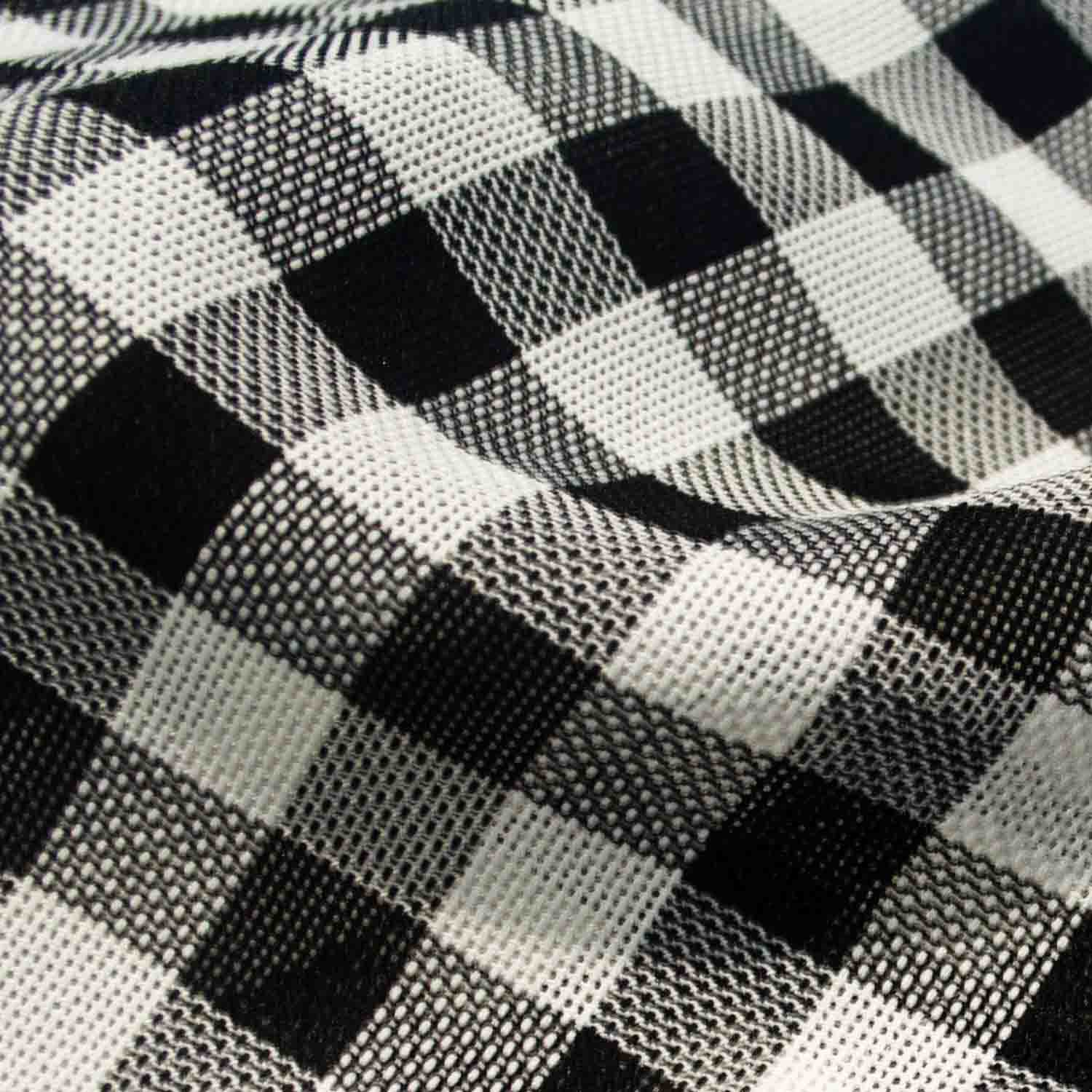 Yarn Dyed Polyester Fabric for Woman Dress Skirt Coat Garment.