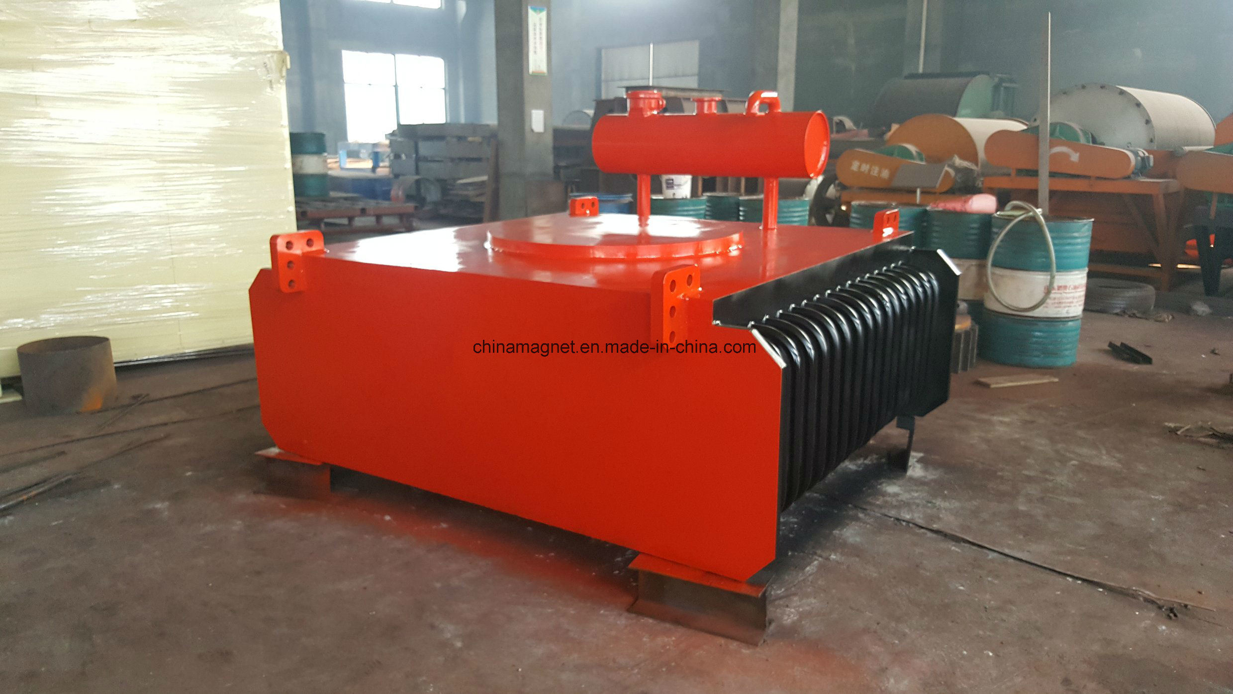 Rcde Oil-Cooling Electromagnetic Tramp Iron Separator for Belt Conveyor