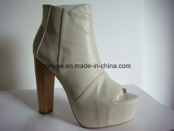Lady Leather Thick Wooden Heel with Thick Platform High Shoes