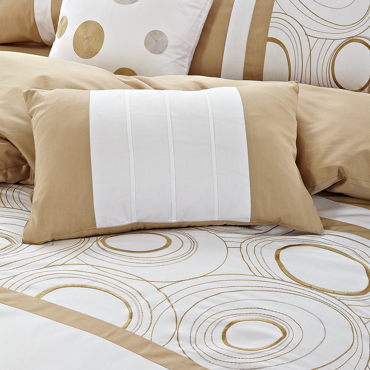 Champagne Gold Chain Embroidery 4 Pieces Bedding Sets