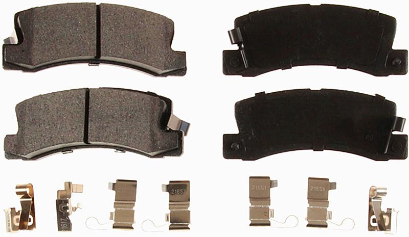 Auto Parts Semi-Metalli Brake Pad (D325) for Lexus Toyota
