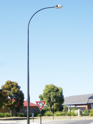 Galvanized Single Arm Roadway Light Pole