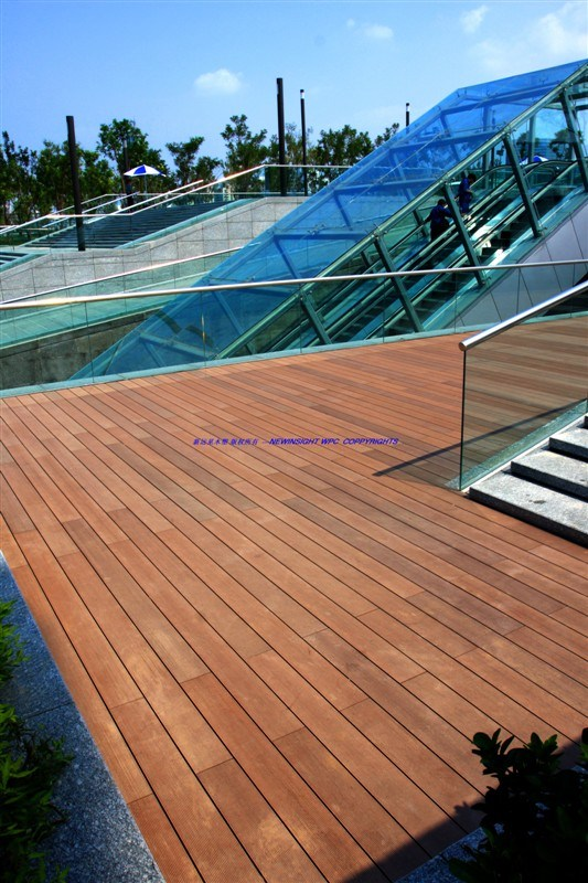 China Wood Plastic Composite Decking Plastic Lumber Wpc