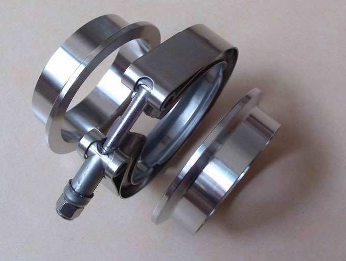 V-Band exhaust clamps