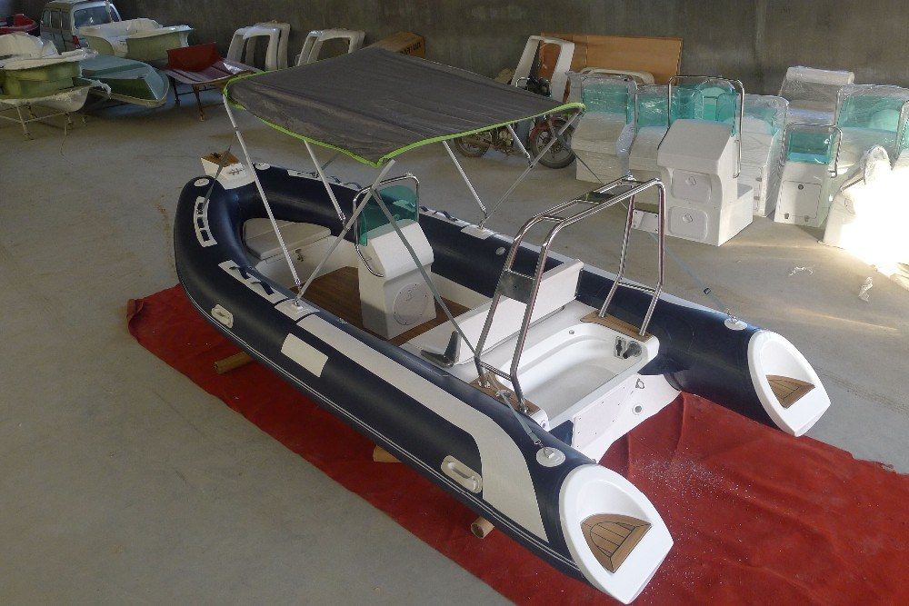 Ce Fiberglass Inflatable Ribs Boat with Console