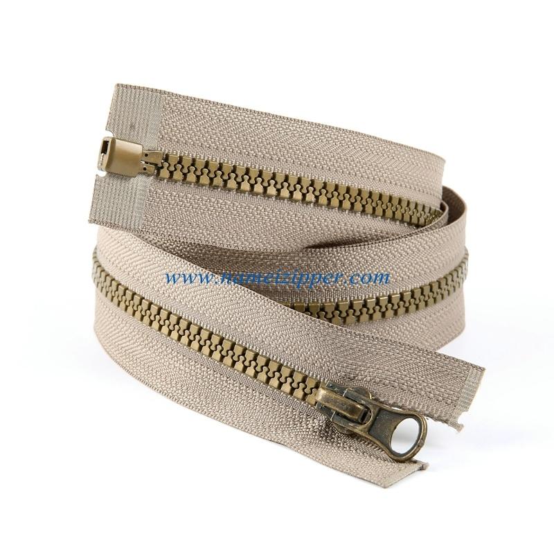 No. 5 Plastic Zipper O/E a/L Antique Brass Color Teeth