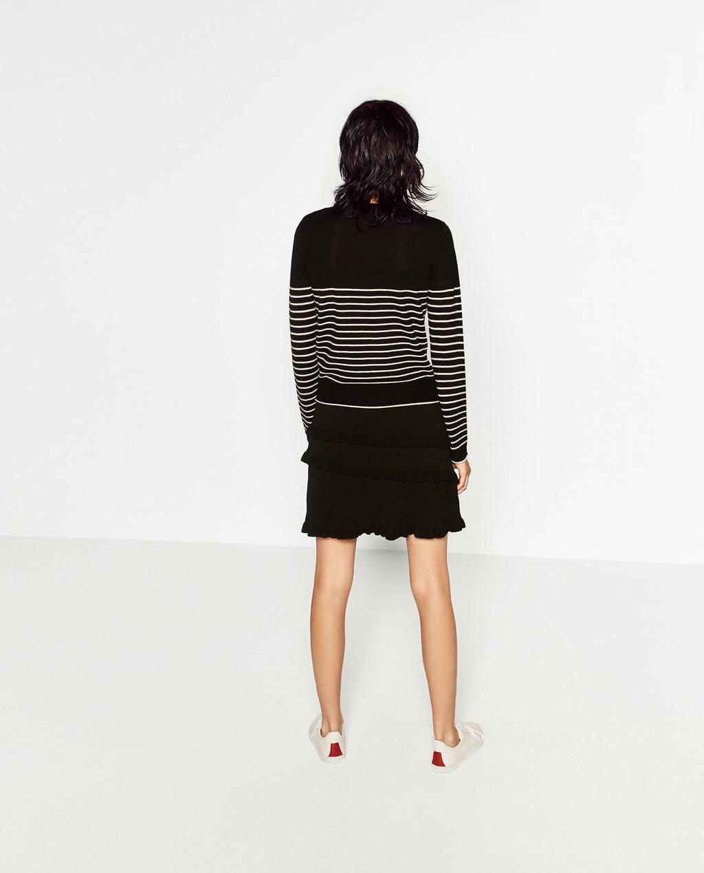 Fashioned Women Stripe Sweaters
