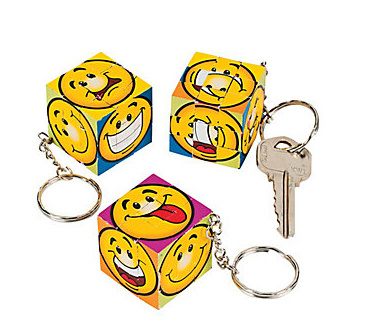 Plastic&Promotional Magic Cubes with Key Chains (PM152)