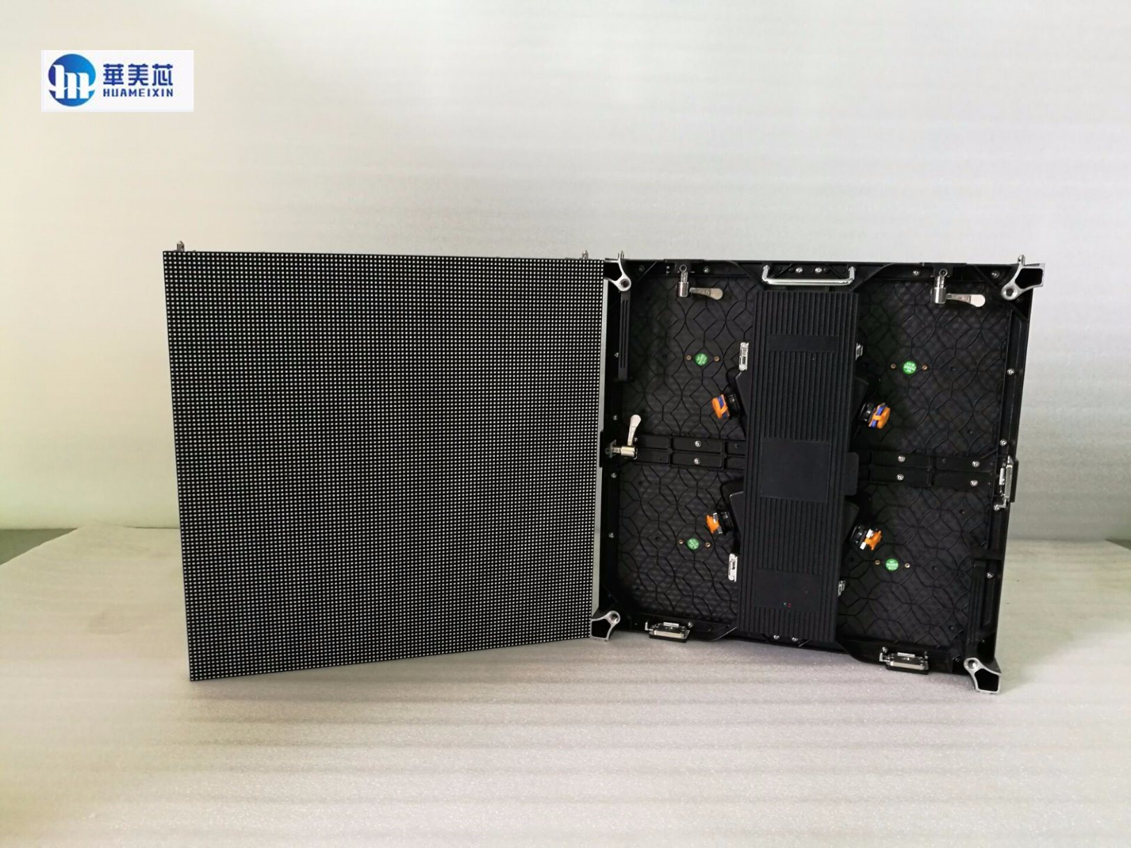 Indoor/Outdoor 500*500mm/500mm*1000mm P4.81 LED Display Screen for Rental Advertising Die Cast Aluminum Cabinet LED Video Wall P3.91/P5.95