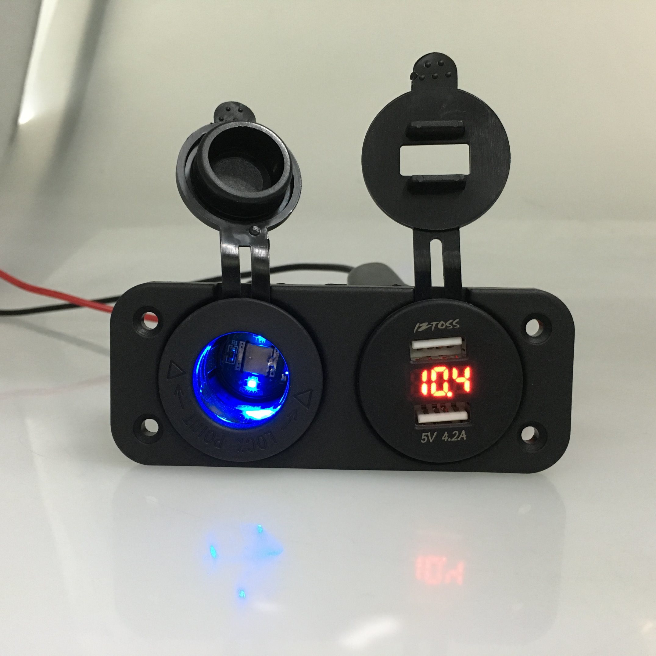 Motorbike Marine Dual USB Voltmeter Power Socket Plug Charger