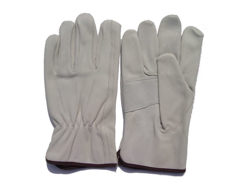 Leather Gauntlet Gloves - Compare Prices, Reviews and Buy at
