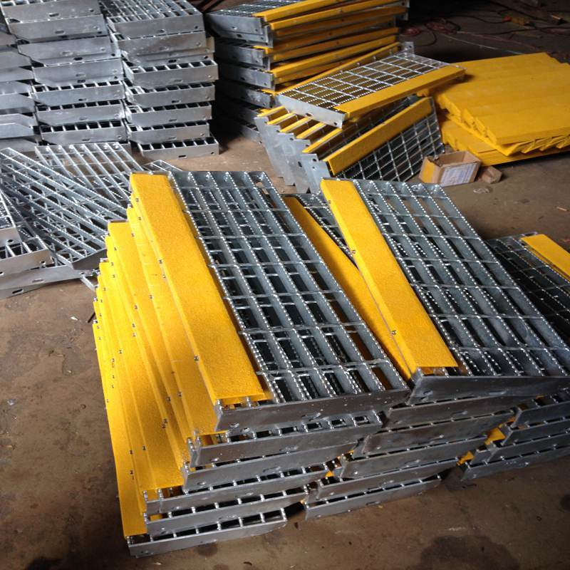 Galvanized Steel Staircases with Steel Grating for Ladder