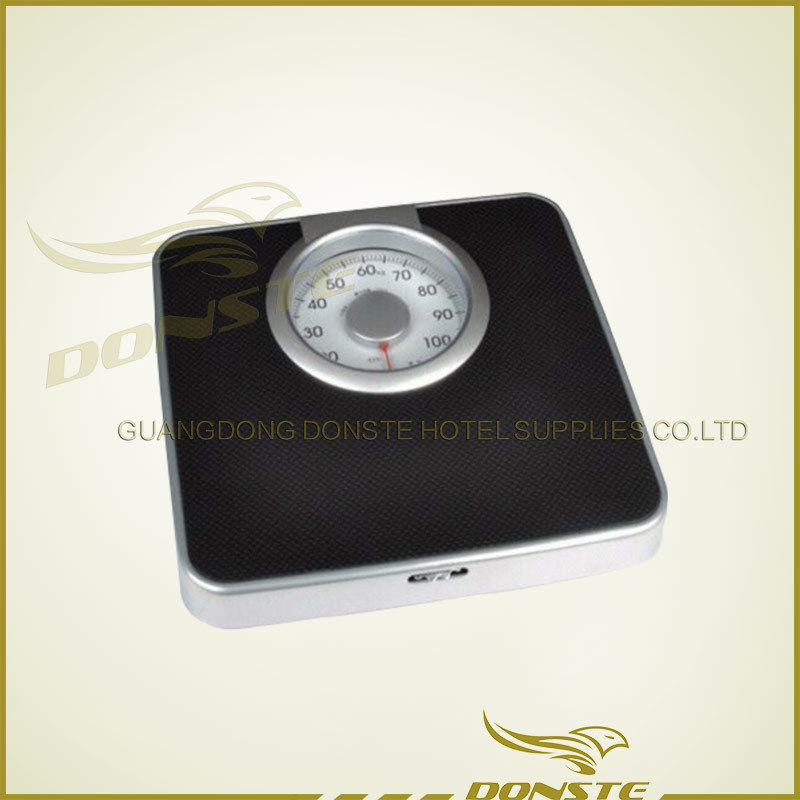 Black and White Starred Hotel Mechanical Scale
