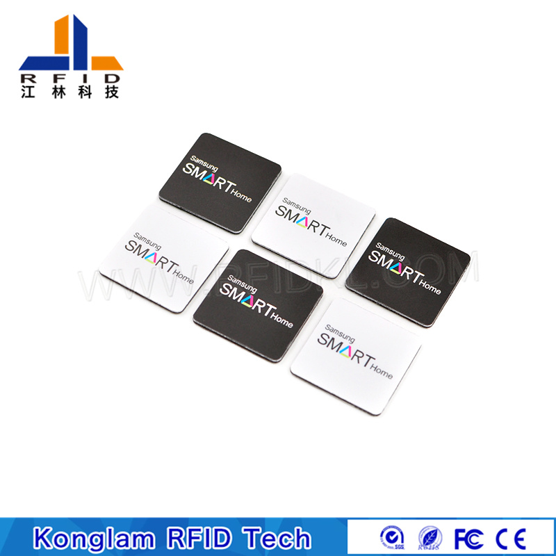 PVC Anti-Metal Self-Adhesive Label RFID Smart Tag for Luggage